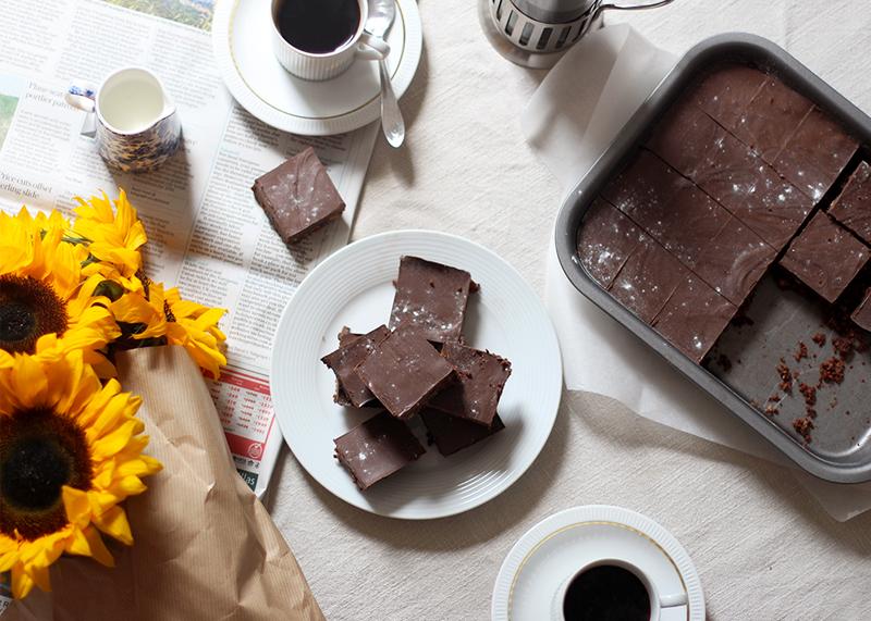 Easy chocolate tray bake recipes, Bumpkin betty