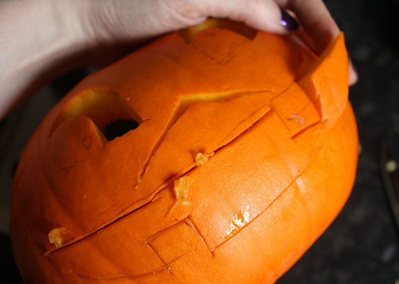 top UK lifestyle blogs How to carve a pumpkin
