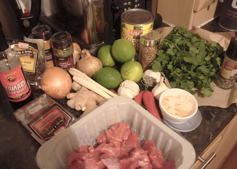 Uk Fashion and Lifestyle Blog, How to make Beef Rendang Curry
