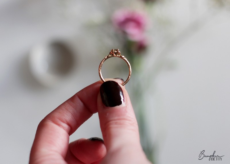 Designing an engagement ring, Bumpkin betty