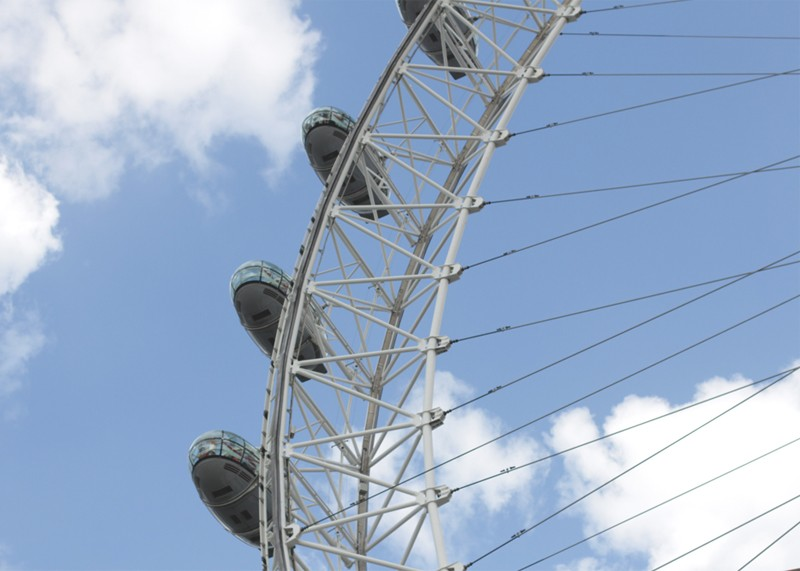 Sightseeing in London, Bumpkin Betty