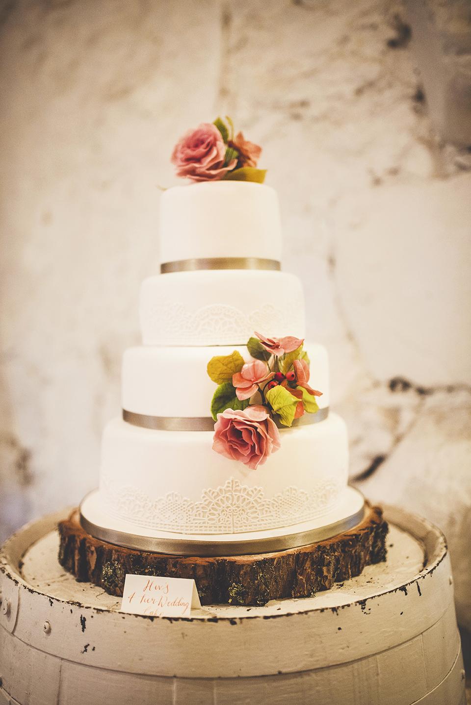 Woodland themed wedding cake, Bumpkin Betty