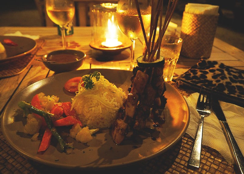 Dinner in the Gili Islands, Bumpkin Betty