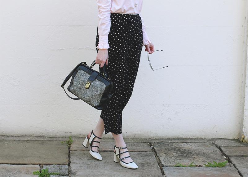Ho to wear polkadot trousers, Bumpkin Betty