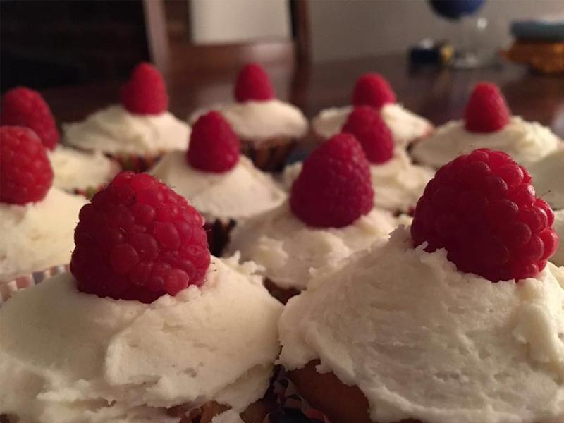 white choc cupcakes, Bumpkin Betty