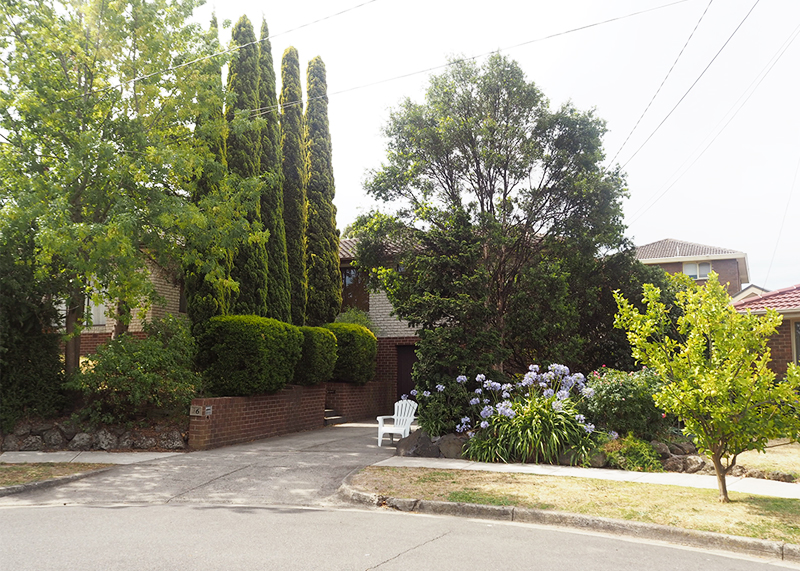 Visiting Ramsay street in melbourne, Bumpkin betty