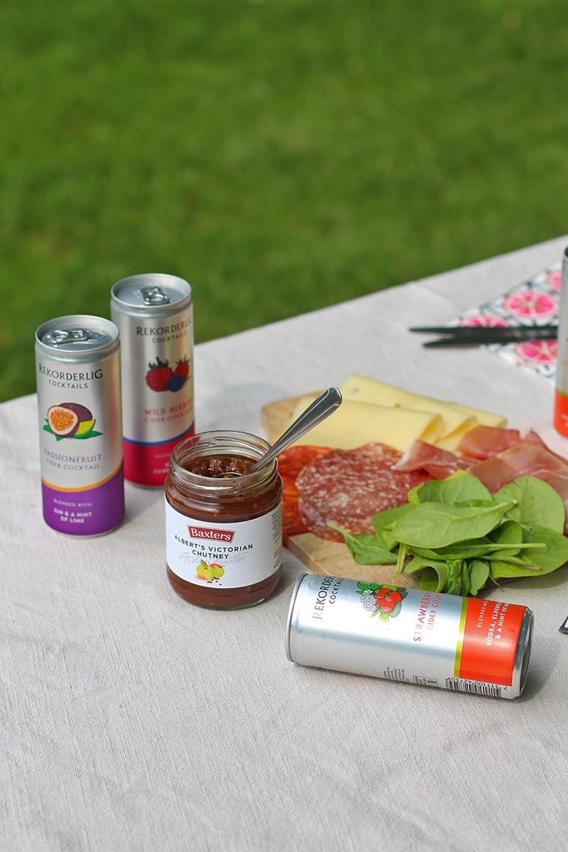 Tips for a summer picnic, Bumpkin Betty