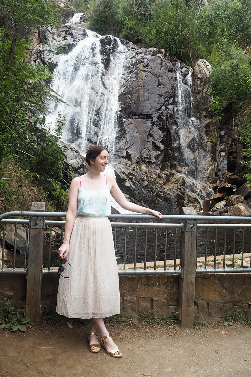 Visiting Steavenson Falls, Bumpkin Betty