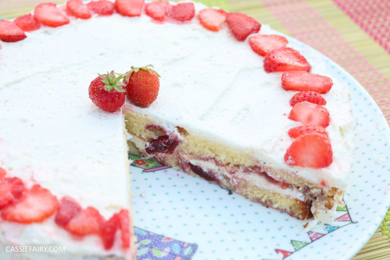 Cherry and Strawberry sponge cake, BB Baking Club