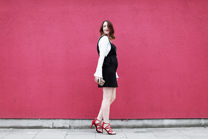 How to wear cage heels, Bumpkin betty