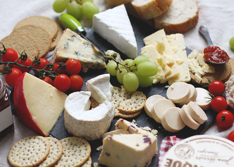 Christmas Cheese Board Ideas.How To Create The Perfect Festive Cheeseboard Bumpkin Betty