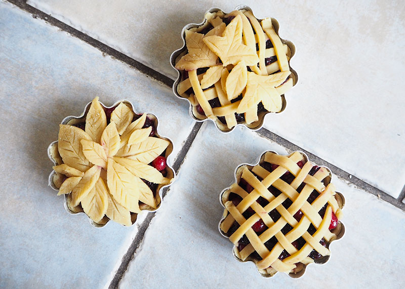 How to decorate the top of your pies, Bumpkin Betty
