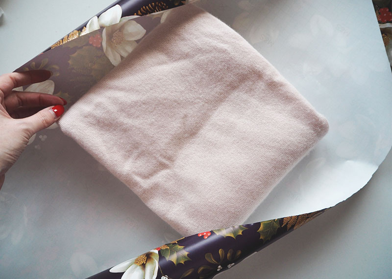 How to wrap jumpers, Bumpkin betty