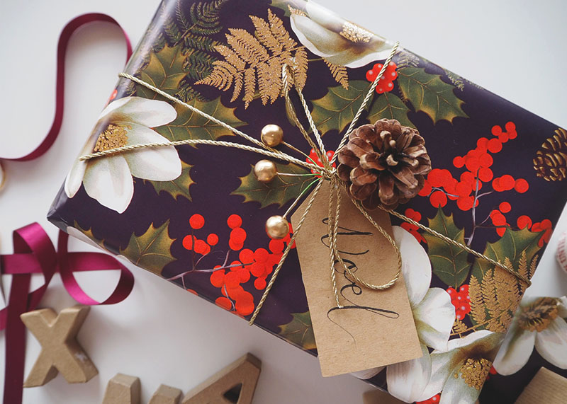 How to wrap presents like a pro, bumpkin betty