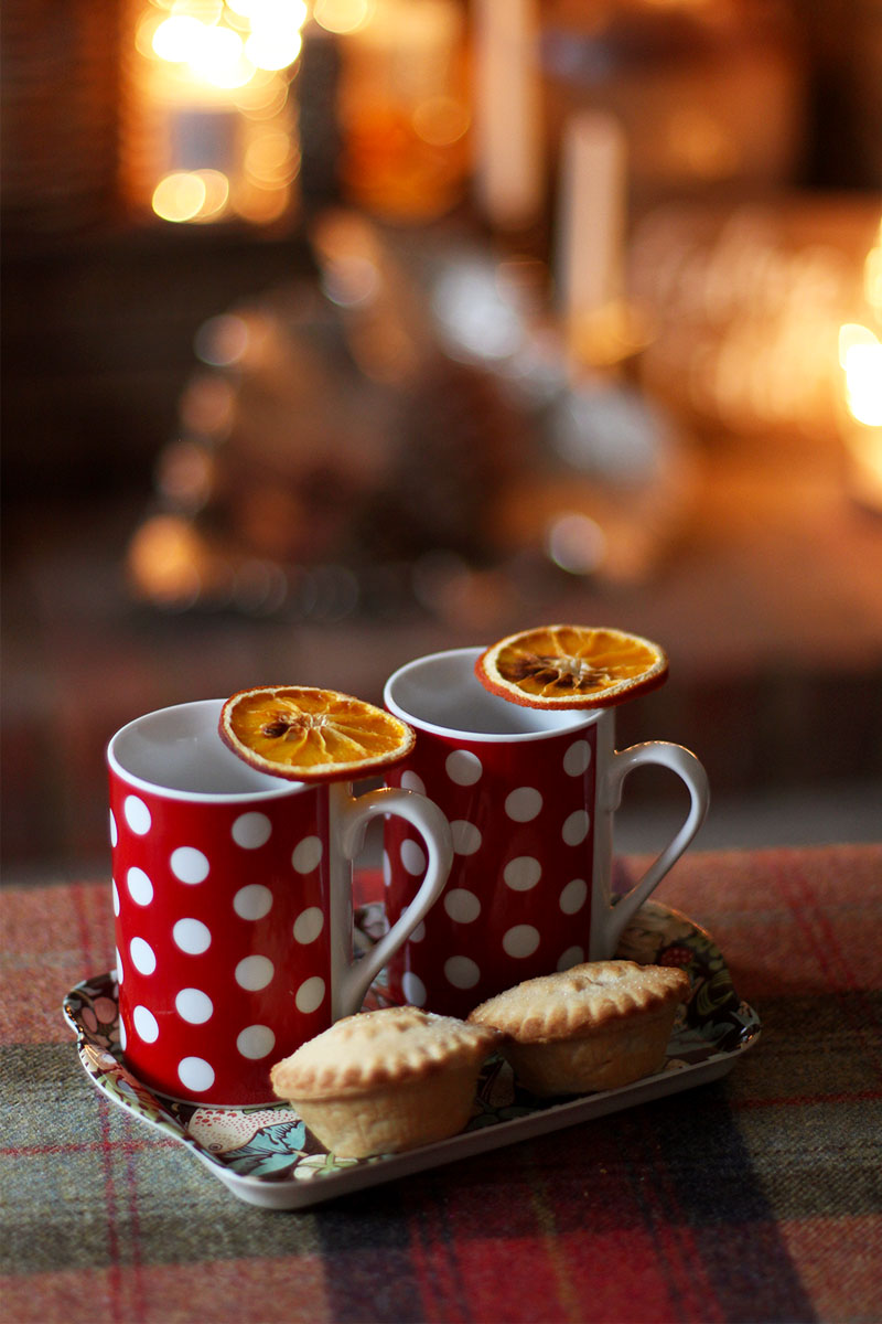 Mulled wine and mince pies, Bumpkin Betty