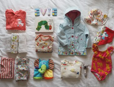 How to pack for travelling with a baby, Bumpkin Betty
