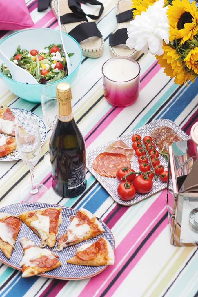 How to throw a garden party, Bumpkin Betty