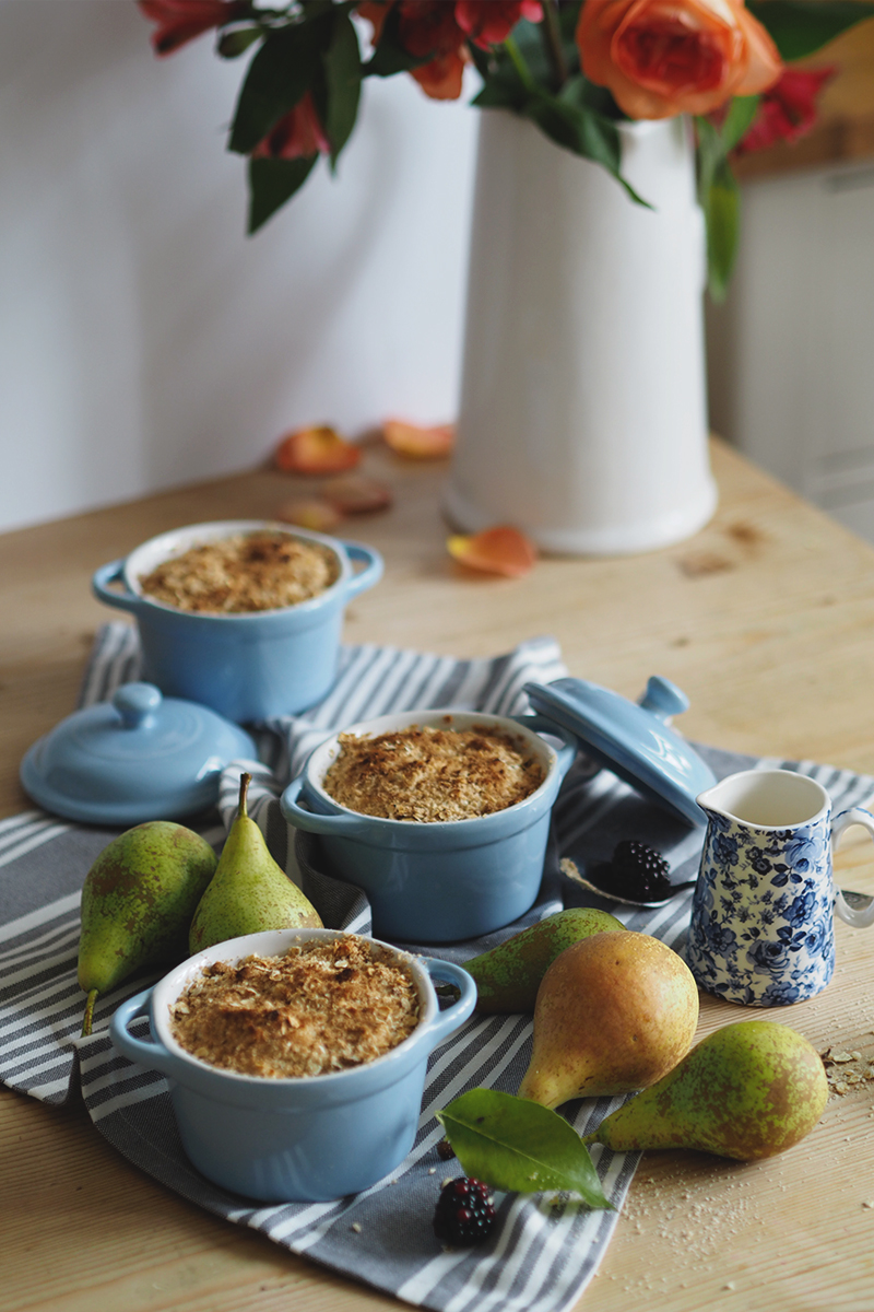 bramble and pear crumble recipe, Bumpkin Betty