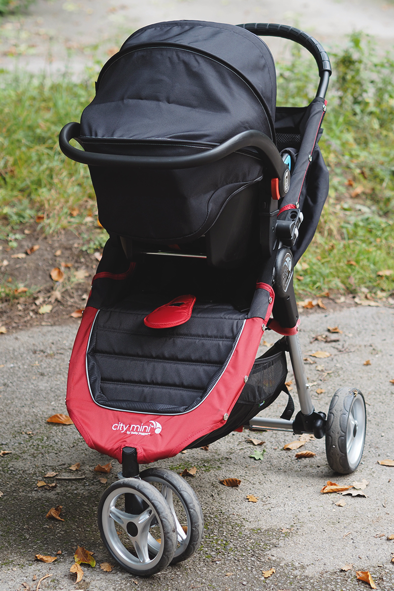 Baby Jogger City Mini for travelling, Bumpkin Betty