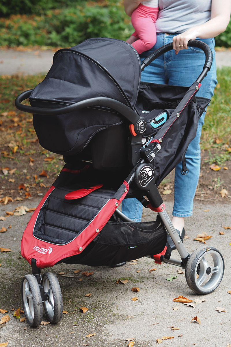 Shopping for a travel system for your baby, Bumpkin Betty