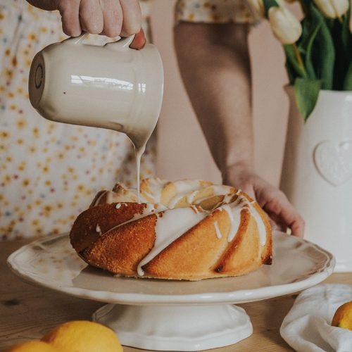 Lemon dairy free bundt cake recipe, Jaclyn Ruth food blog