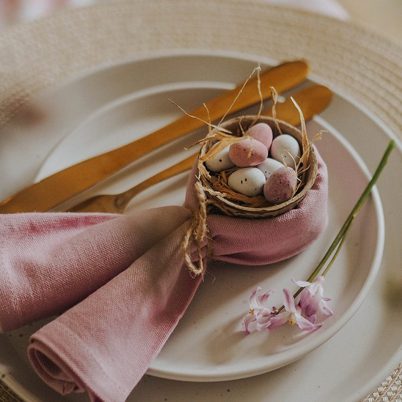 4 Easter place setting ideas, Jaclyn Ruth stylist