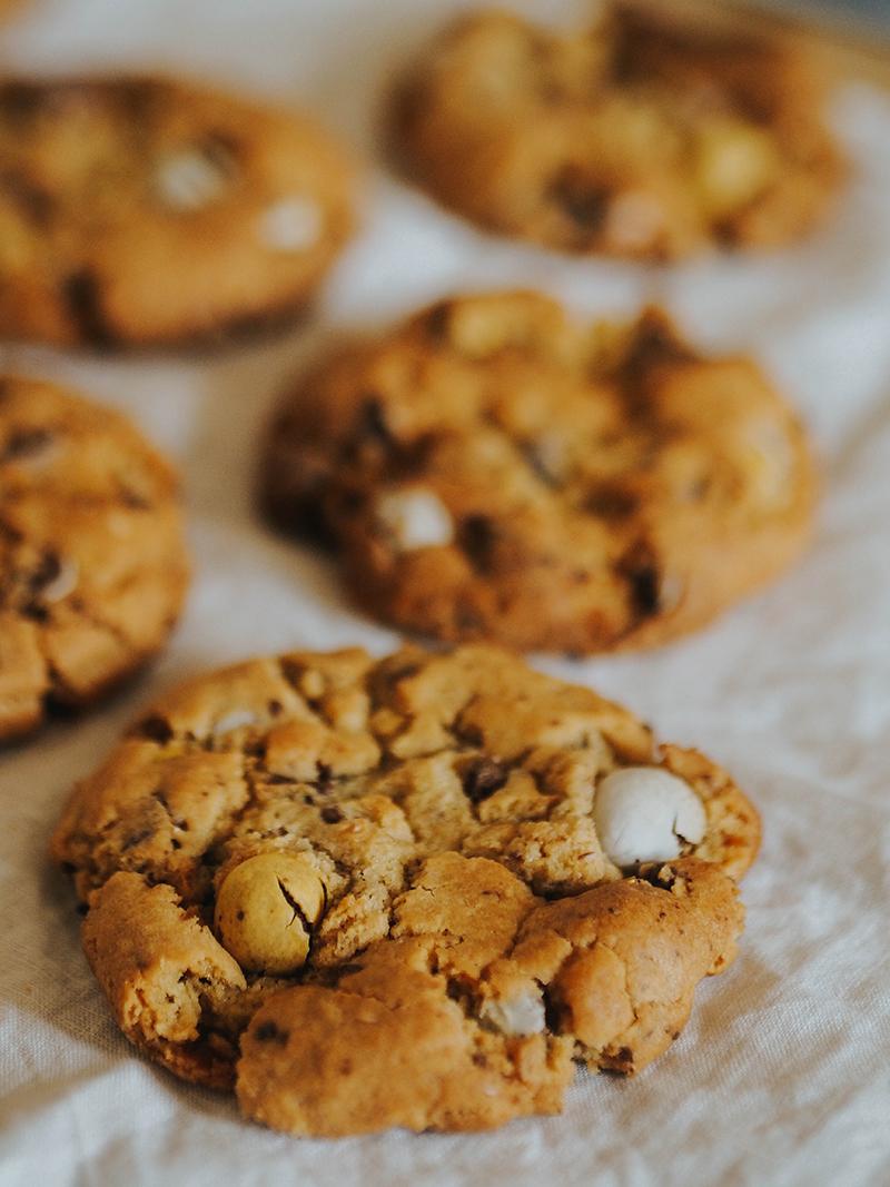 Mini Egg Cookie Recipe. Jaclyn Ruth