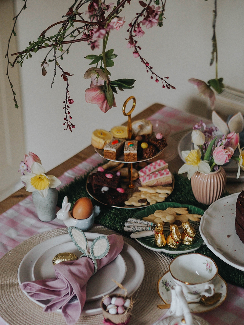 Budget friendly easter table setting, Jaclyn Ruth