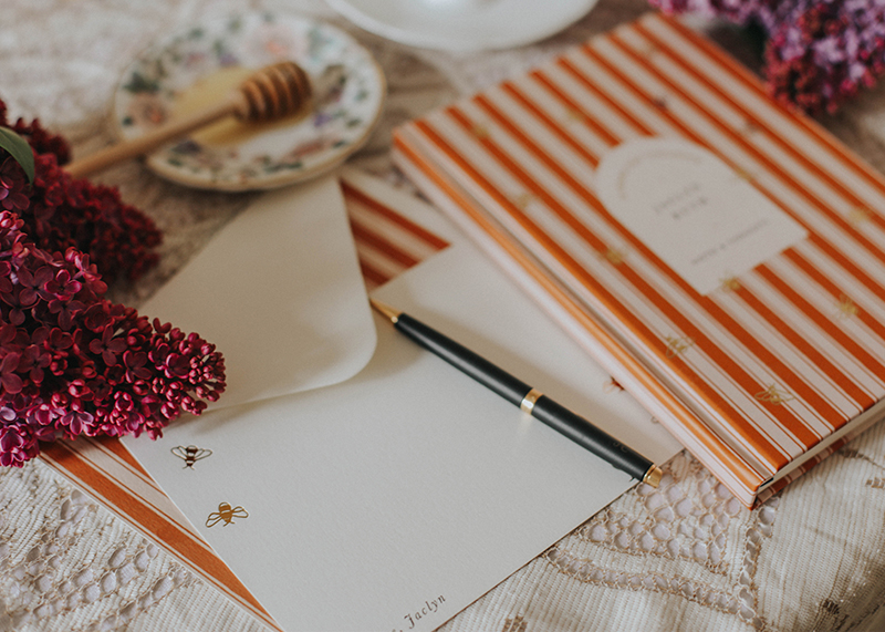 Styling portfolio Papier, Jaclyn Ruth product stylist